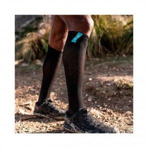 COMPRESSPORT Chaussettes de compression FULL SOCKS RACE OXYGEN | Noir